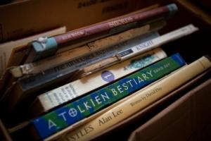 books-9976-AIC